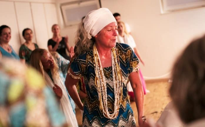Mãe de Santo austríaca populariza Umbanda na Suiça 1
