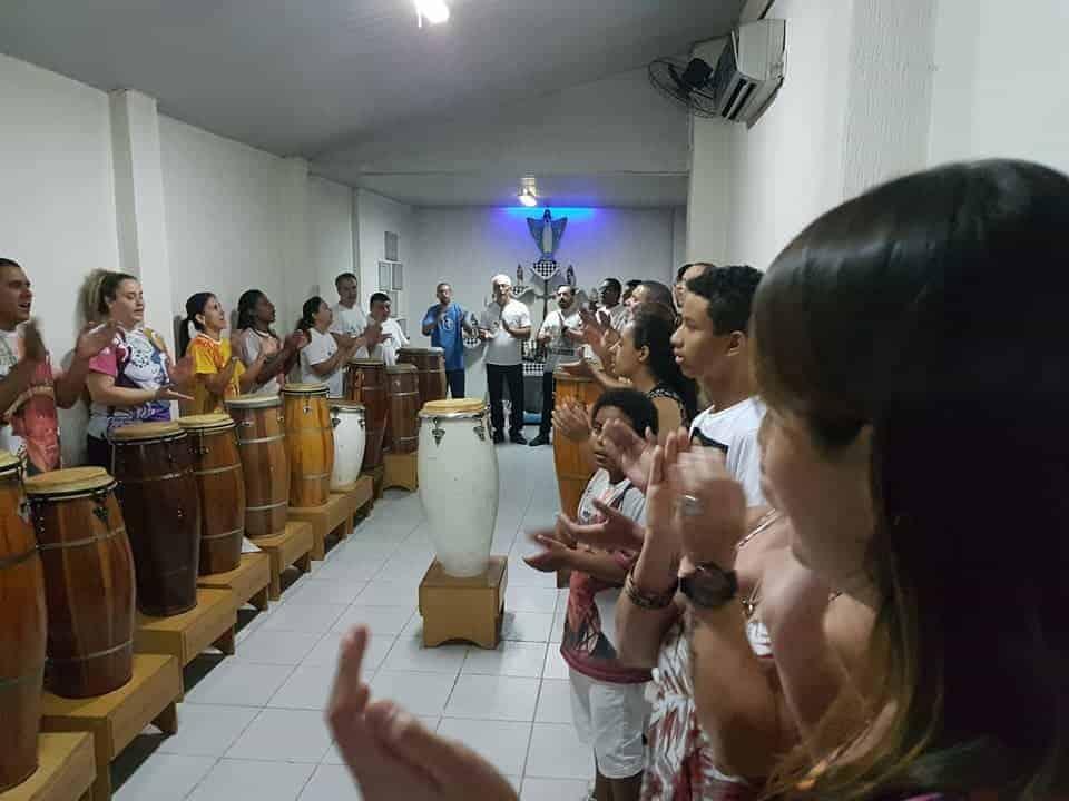 Palmas e cantos, tambores e sons na Umbanda 1