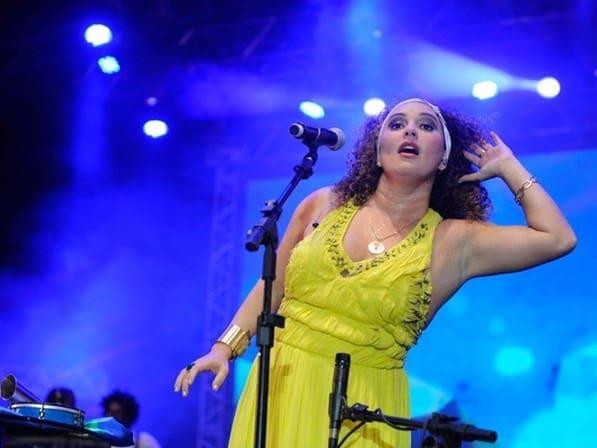 Ponto de Obá interpretado pela cantora Gerlane Lopes 5