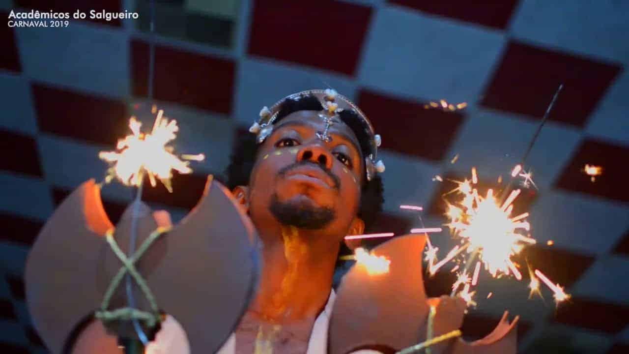 cristãos fogem do carnaval