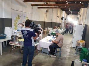 Guerreiros Solidários mobiliza voluntários e distribui refeições a moradores de rua em SP 6