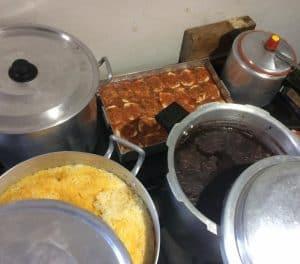 Guerreiros Solidários mobiliza voluntários e distribui refeições a moradores de rua em SP 5