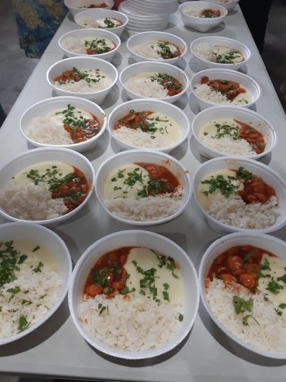 Guerreiros da Jurema distribui alimentos e refeições há um ano em SP 5
